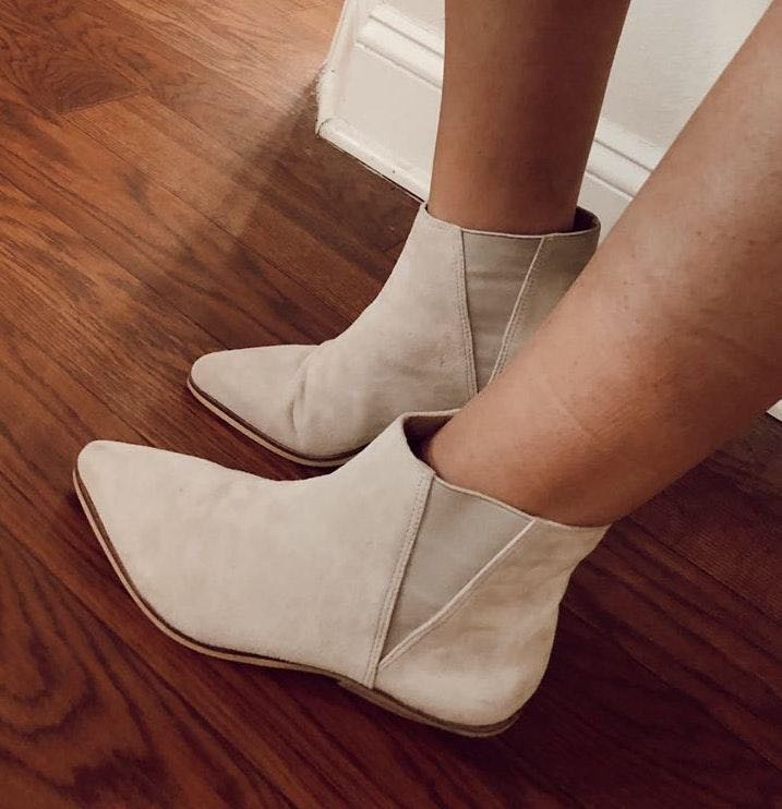 Shelly's London grey/white suede booties