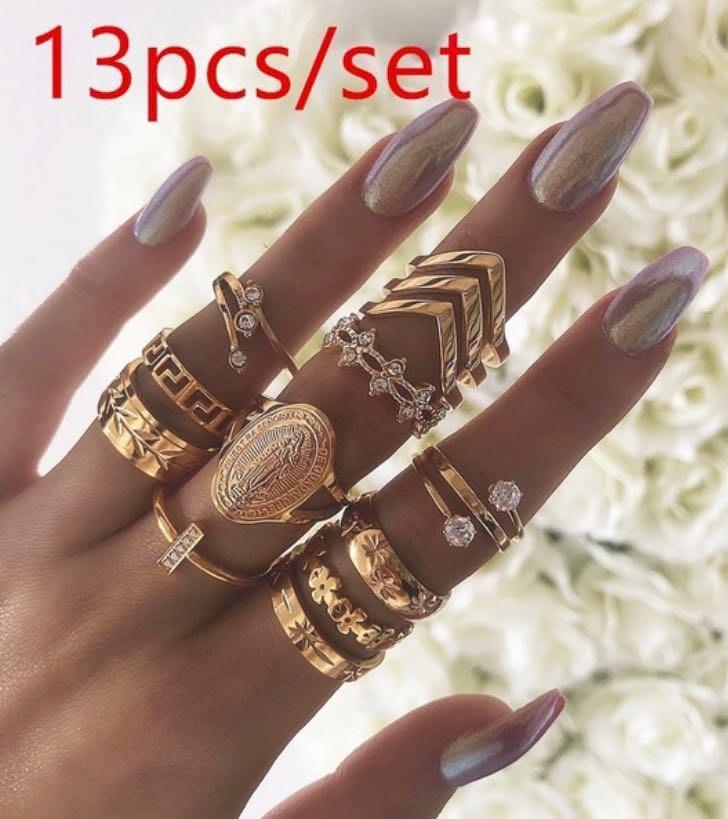 13 Pc Virgin Mary Ring Set, Gold
