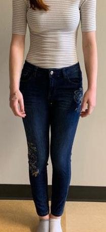 Kensie Flower Jeans