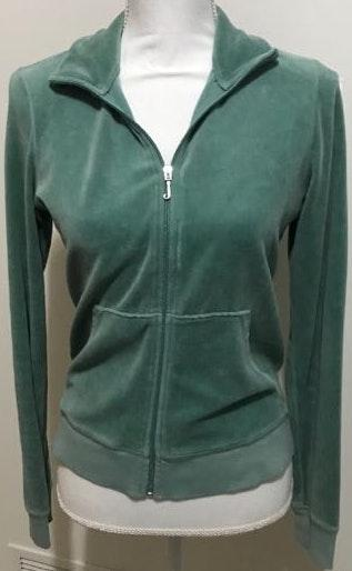 832787110d0c We re the buy sell app for cute clothes. Say to being bored of your  clothes. Home Juicy Couture Green Velvet Track Jacket