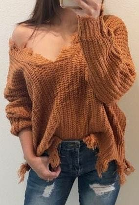 Boutique Distressed Sweater S/M