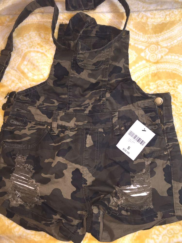 Forever 21 camo overalls
