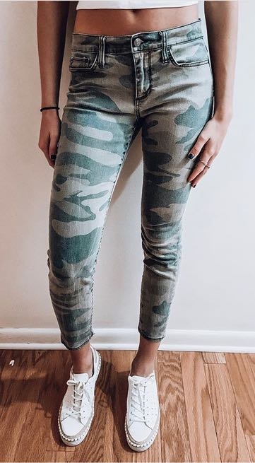 Camo Ankle Cropped Jeans