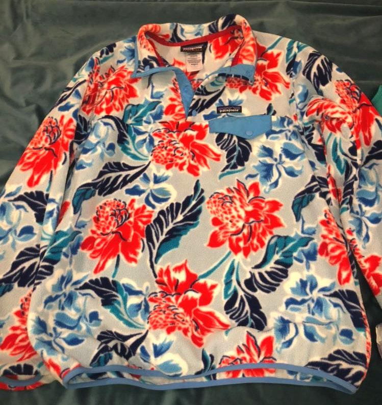 Patagonia Floral Pullover