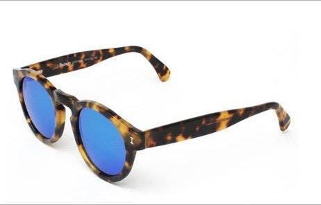 illesteva blue polarized sunglasses