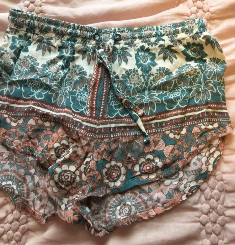 Kendall & Kylie Tie Shorts