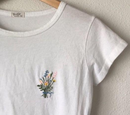 Brandy Melville white flower embroidered shirt