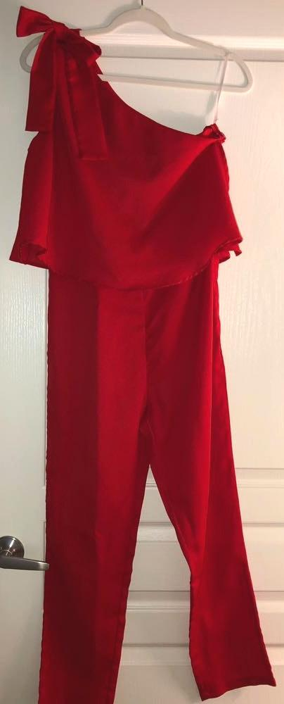 Red One Shoulder tie Jumpsuit