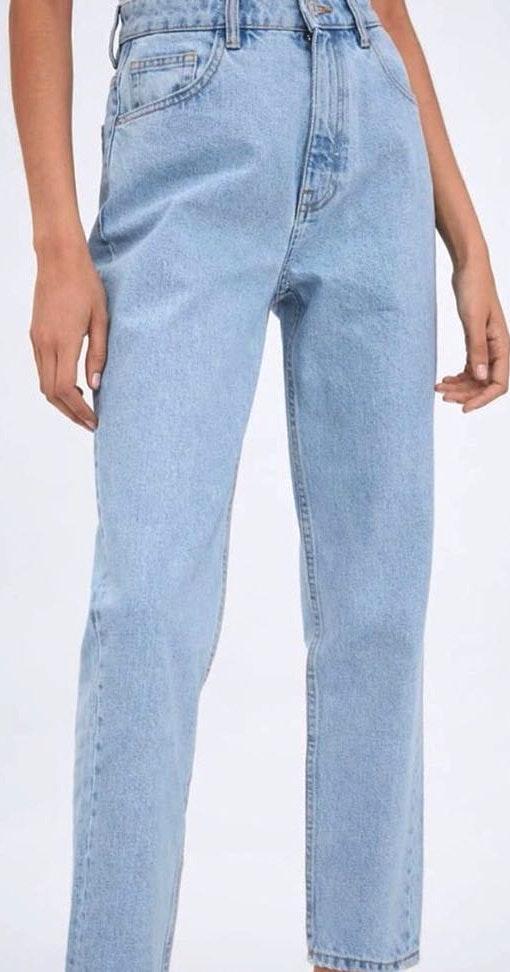 de3a8096 ZARA Light Blue Mom Jeans