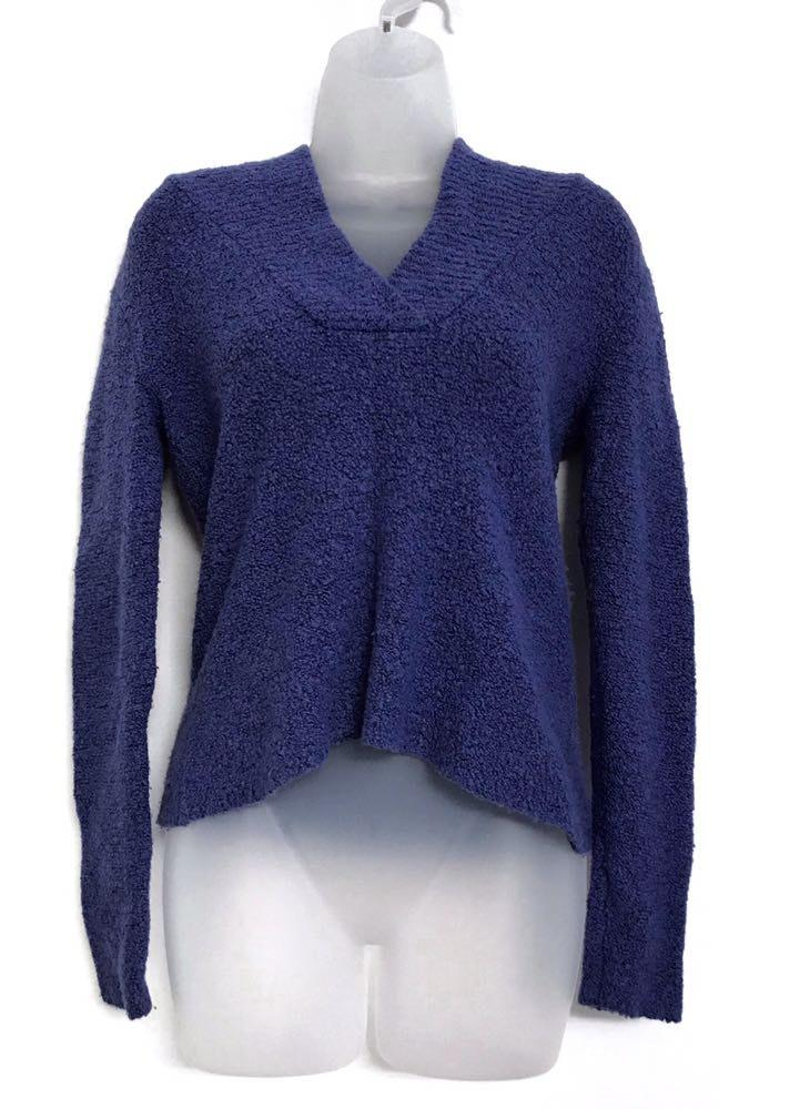 Eileen Fisher blue italian yarn cashmere sweater