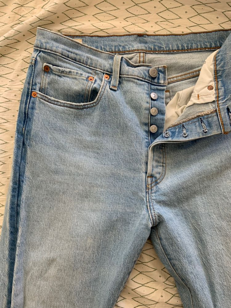Levi's fringed 501 skinny jeans
