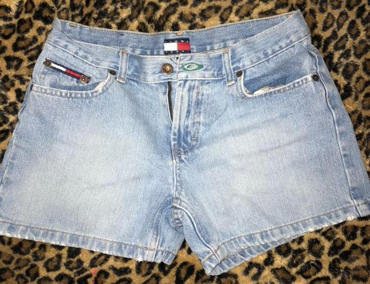 Tommy Hilfiger Vintage Mom Jean Shorts