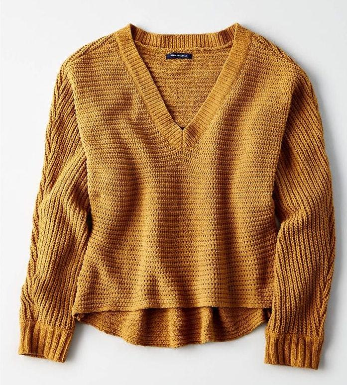 American Eagle Outfitters Mustard Cropped V,neck Sweater