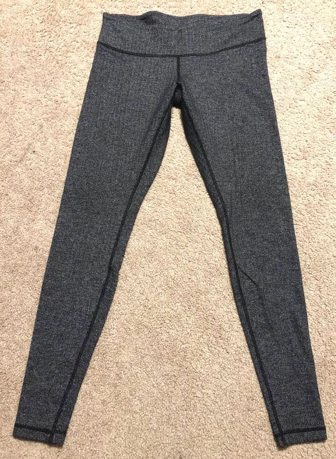 Lululemon size 10  active leggings