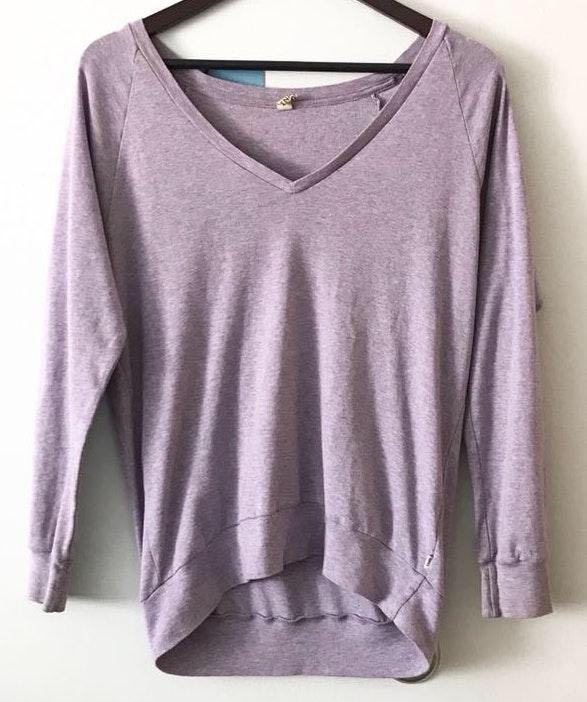 Aritzia TNA Lavender Sweatshirt