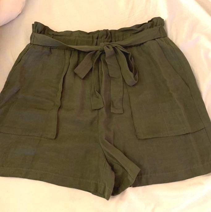 ZARA Olive Paperbag Shorts