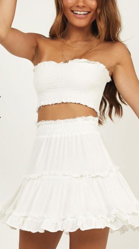 Showpo NWOT White Strapless Top