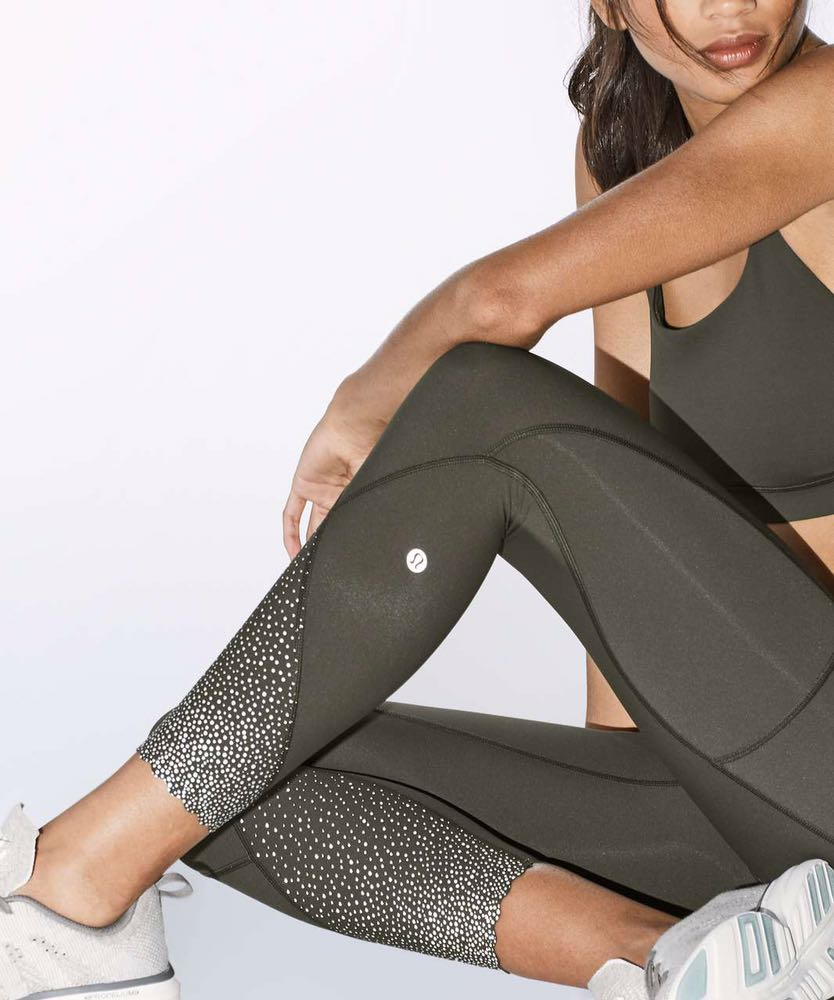 455046569 We re the buy sell app for cute clothes. Say to being bored of your  clothes. Home Lululemon Tight Stuff Leggings