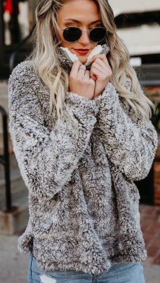 VICI Snow Fluff Pullover
