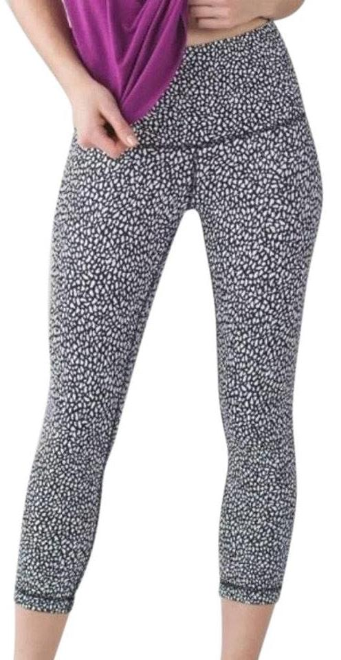 72bafab14215b We're the buy/sell app for cute clothes. Say to being bored of your  clothes. Home Lululemon High Rise Crop