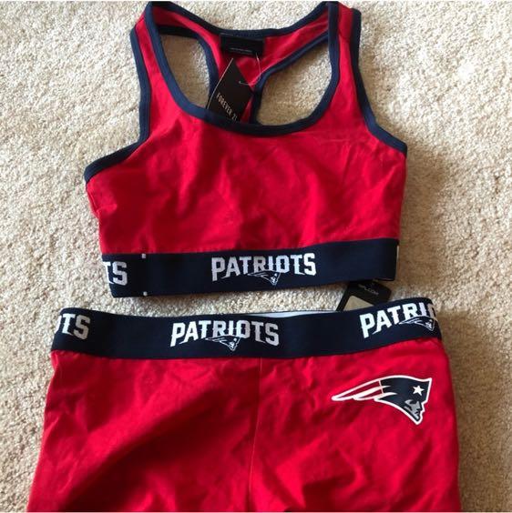 ef46e38e7a0b0 Forever 21 NFL Patriots Bra And Boy Shorts