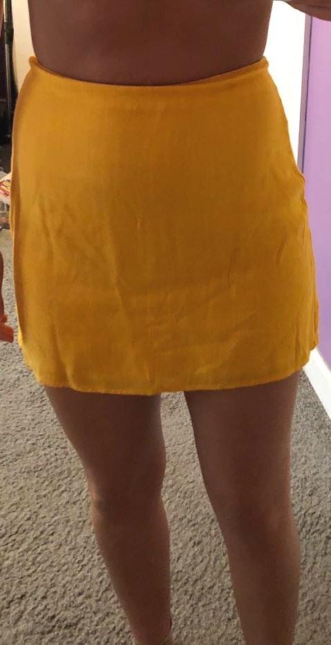 Wild Honey Yellow mini skirt