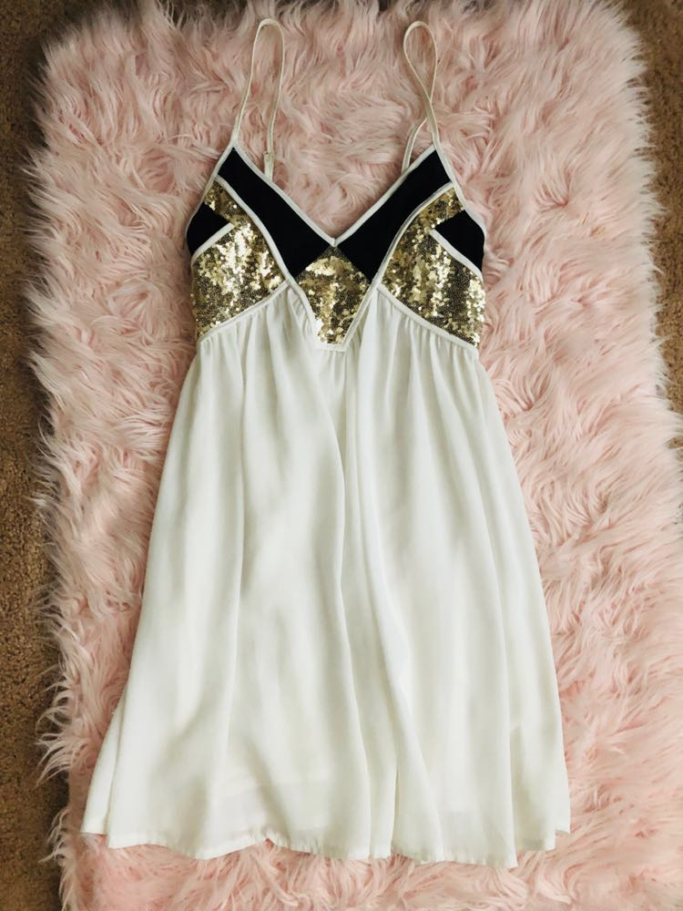 Xenia White, Black&Gold Sequin Dress