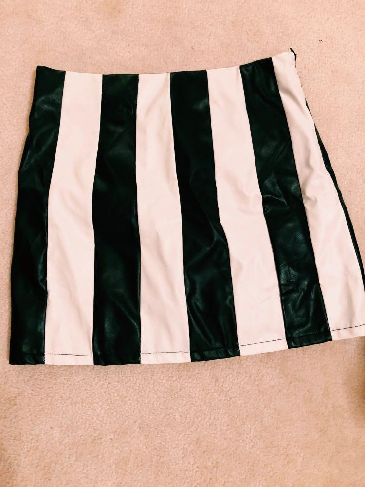 Better B. Black/White Stripped Leather Skirt