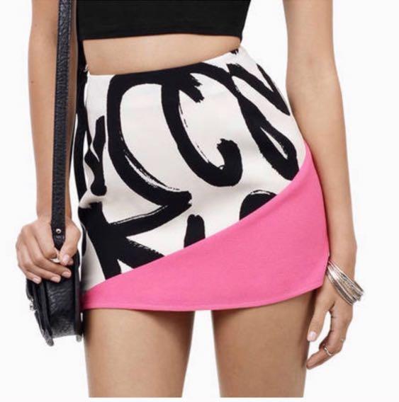 Tobi Mini Skirt (NWT)