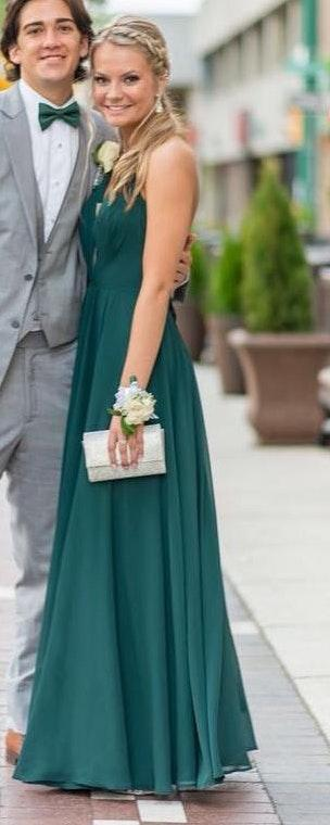 84c6eb3c9b88 ... buy/sell app for cute clothes. Say to being bored of your clothes. Home  Emerald Green Prom Dress. Emerald Green Prom Dress. Emerald Green Prom Dress