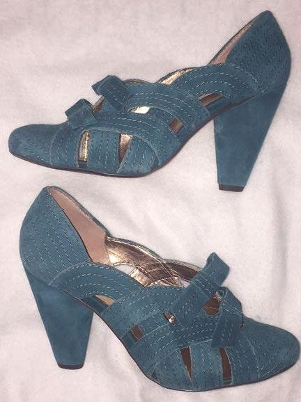 Seychelles Teal Cone Heels, Vintage Inspired, Size 9