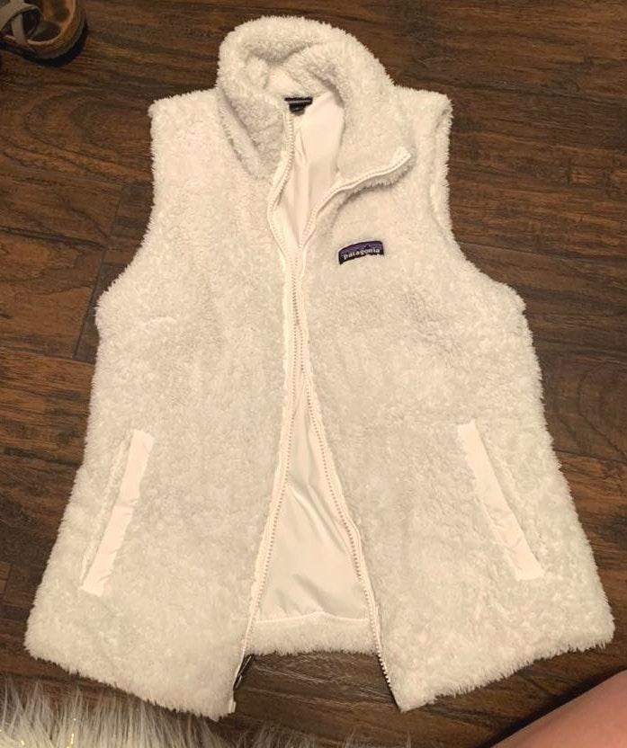 Patagonia White Fuzzy Vest