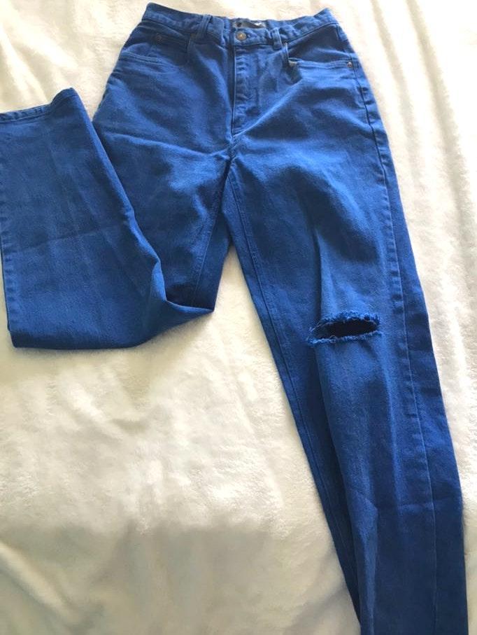 Liz wear Vintage Blue Jeans