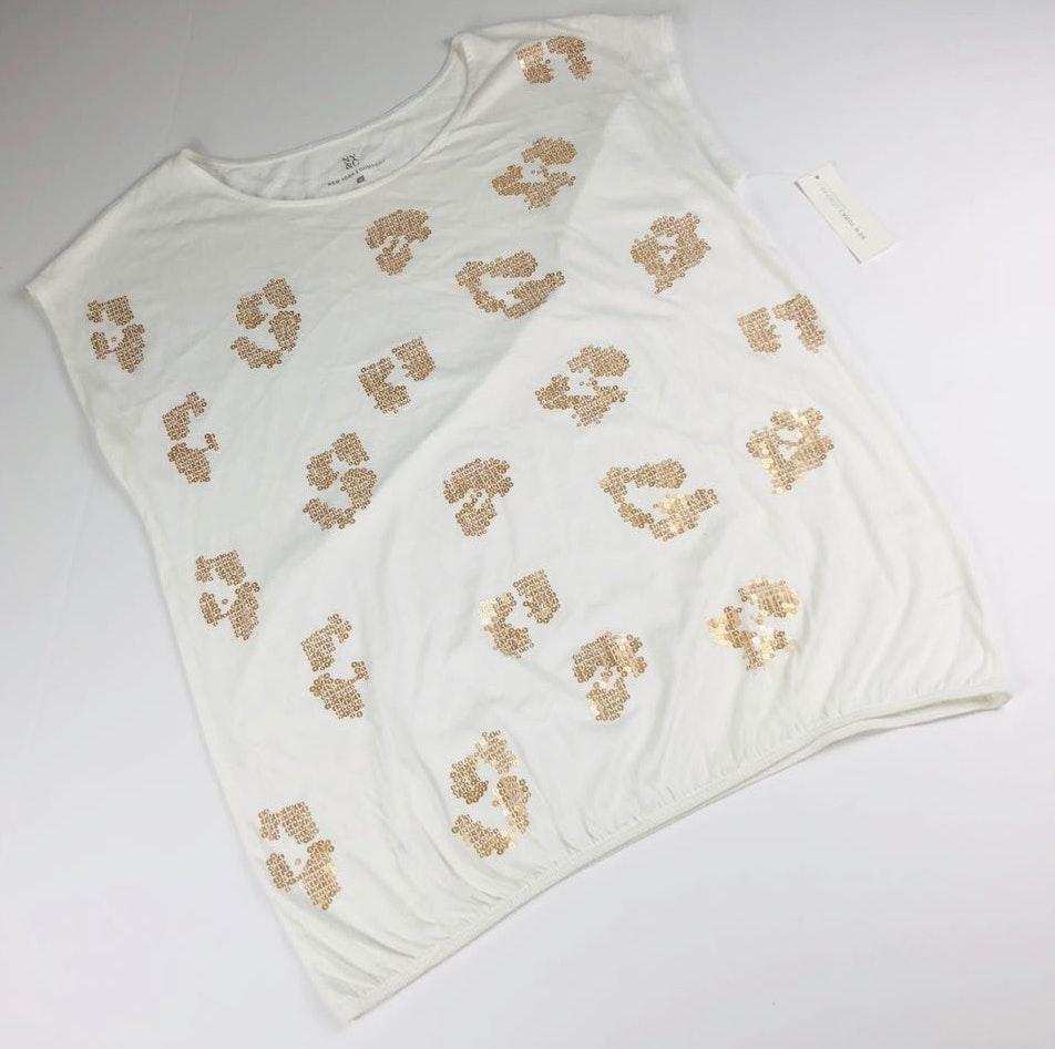 New York & Co. Cream & Gold Sequin Spot Print Tee
