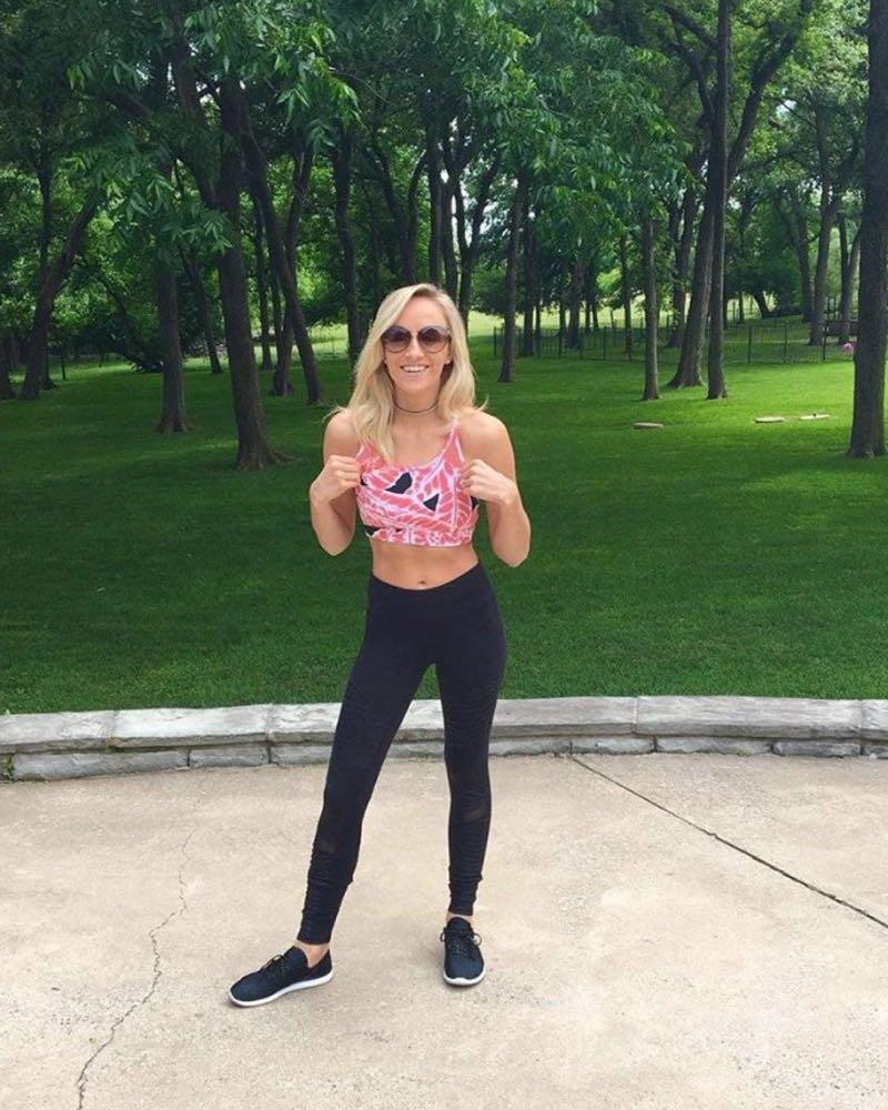 Alo Yoga Starlet Sports Bra