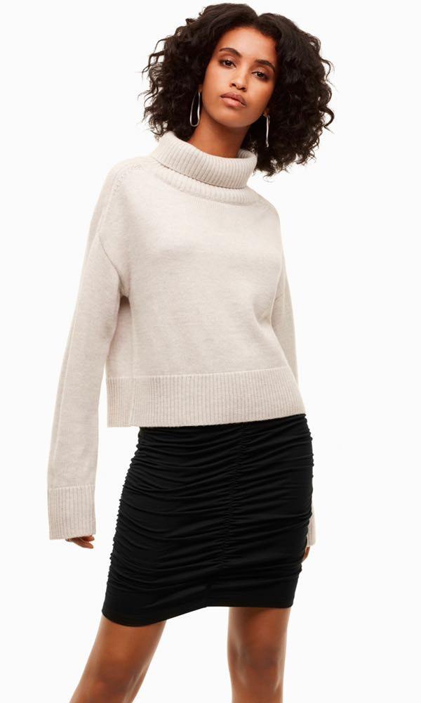 Aritzia Black Runched Skirt NWT