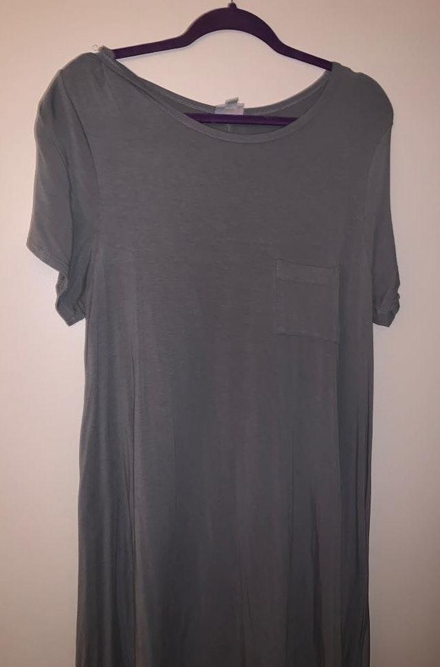 e46f75f2835 LULAROE Grey Carly
