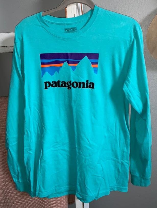 Patagonia Long Turquoise  T Shirt