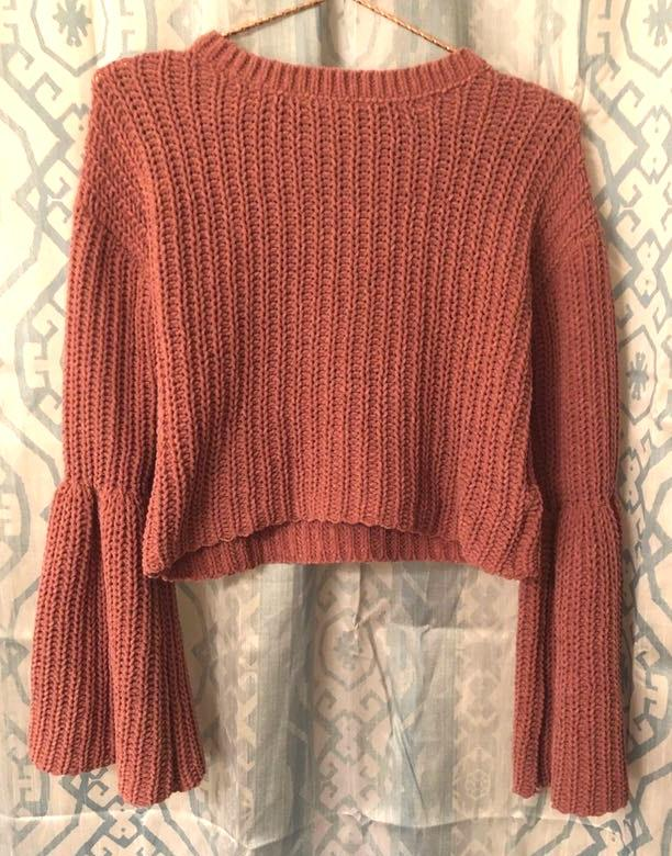 Forever 21 Mauve Bell Sleeve Crop Sweater