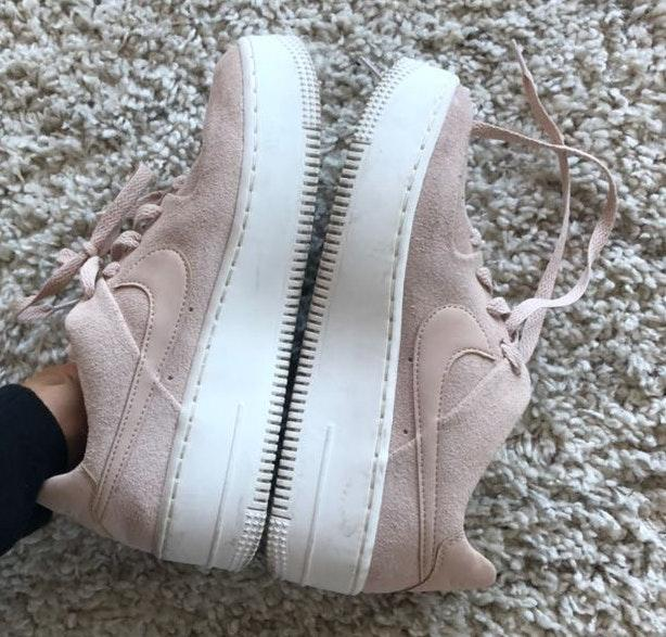 Nike Blush  Air Force 1 Sage