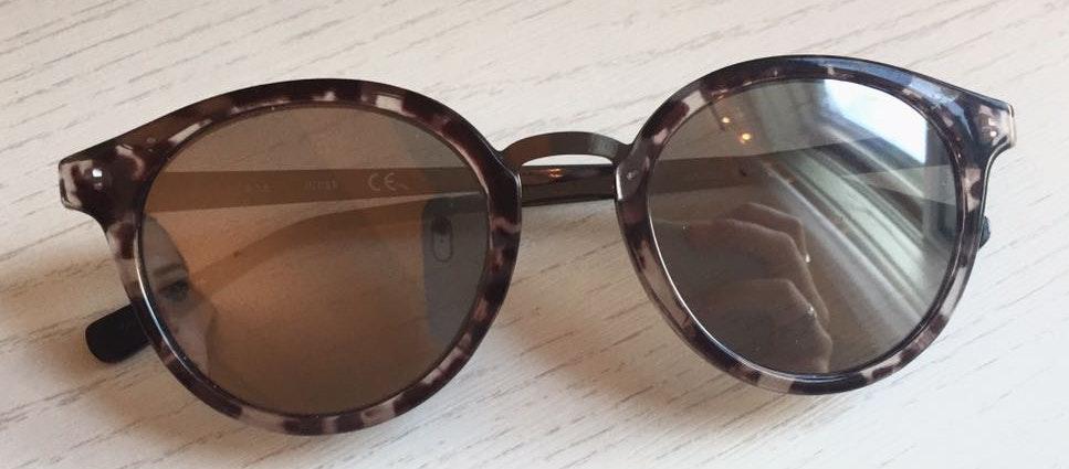 Guess Black Mirror Tortoise Sunglasses