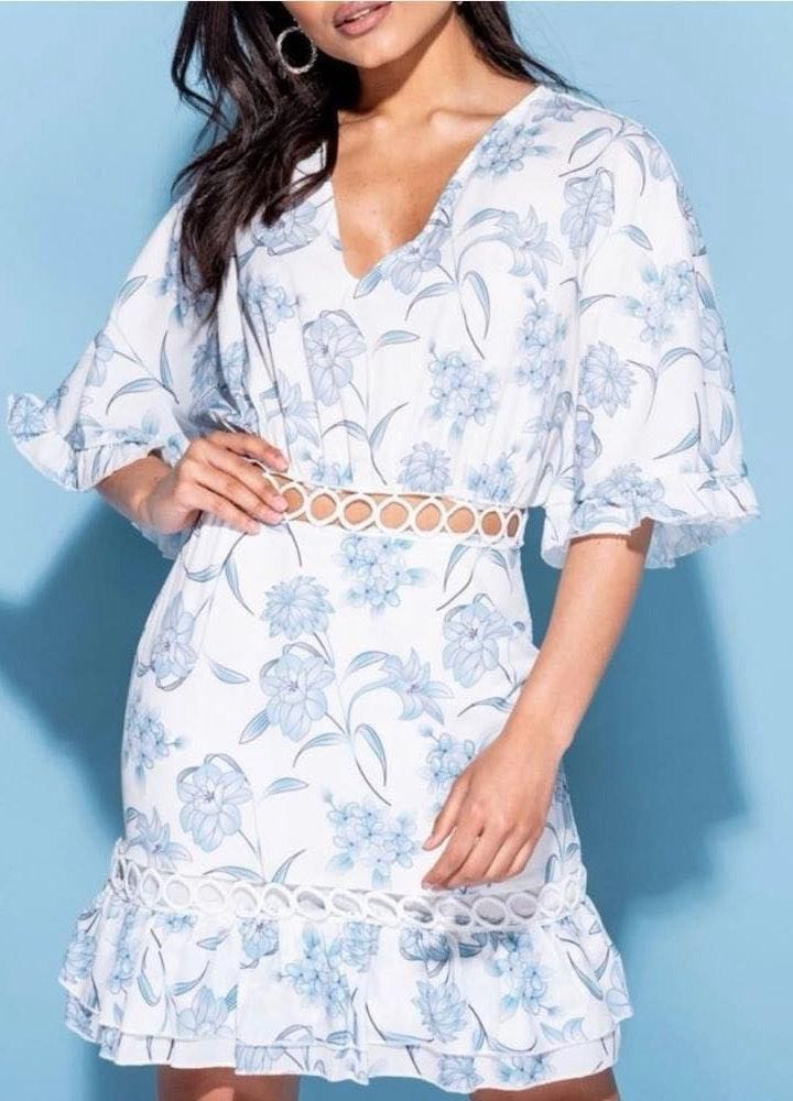 Floral Frill Sleeve Cruise Vacation