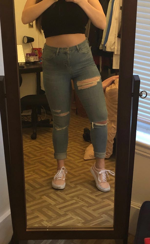 Topshop Light Wash Distressed Jamie Jeans