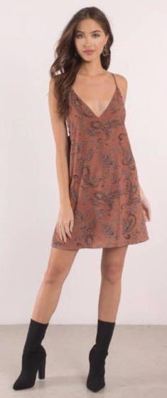 Tobi Rust Paisley Lace Up Shift Dress