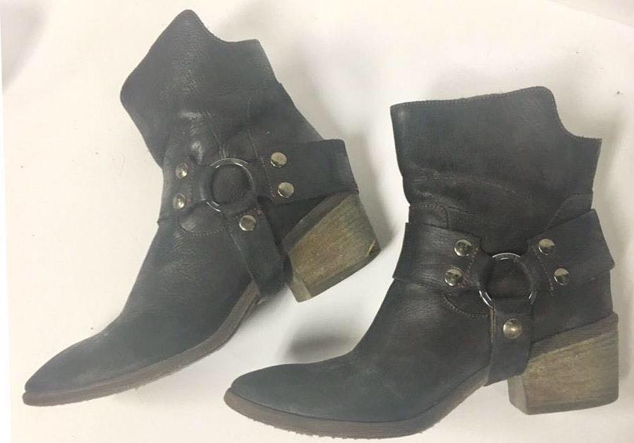 Donald J Pliner Donald j pilner Moro biker leather boots straps