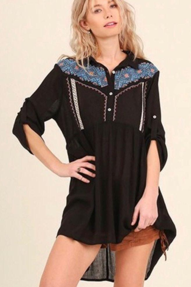 Umgee Country Girl Embroidered Butto