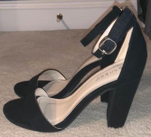 Versona Black Velvet Heels