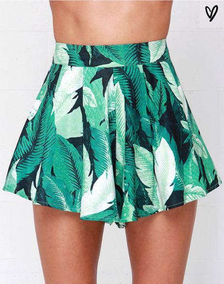Lulus Palm Print Flowy Shorts