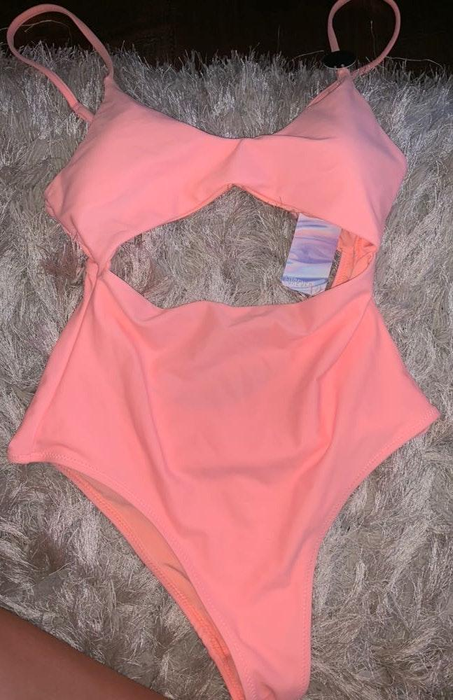 Forever 21 coral cut out one piece