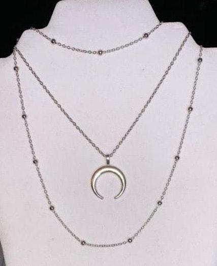 Silver Horn Triple Layer Choker